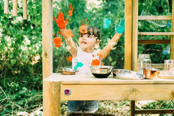 Plum Discovery Mud Pie Kitchen - Get Messy!