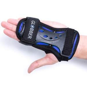 Globber protective wrist pads