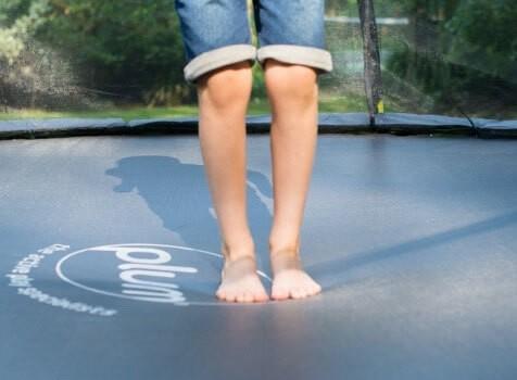 Choosing a trampoline size